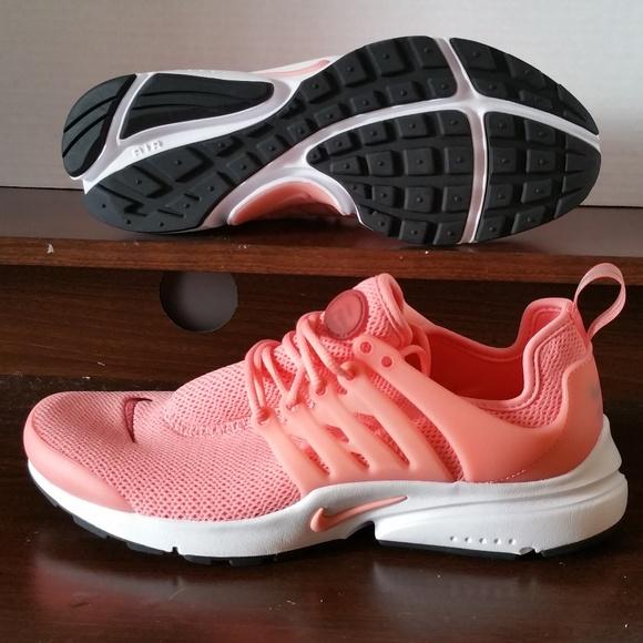 310d8d7ed148 New Women Nike Air Presto Running Shoes Sneakers. M 5a9c283d6bf5a605560b7da5